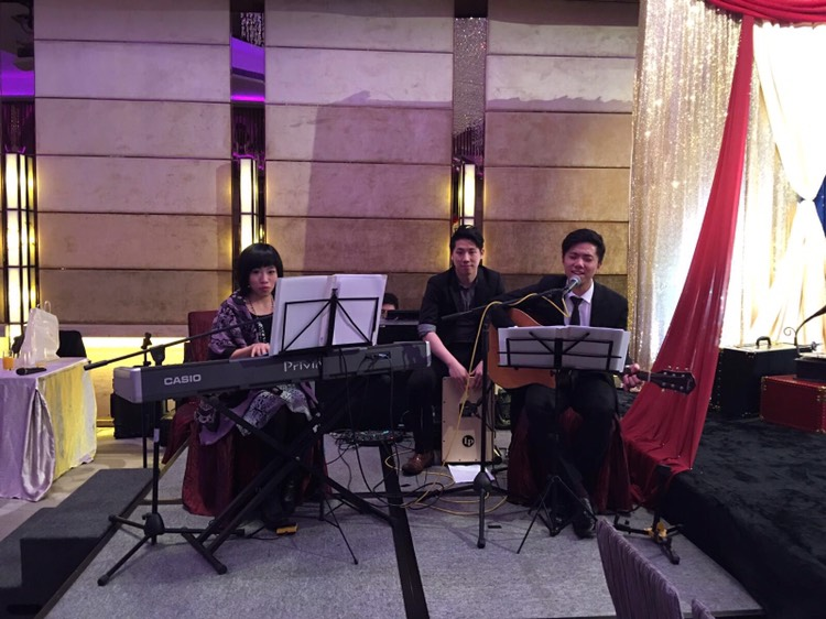 Wedding live band
