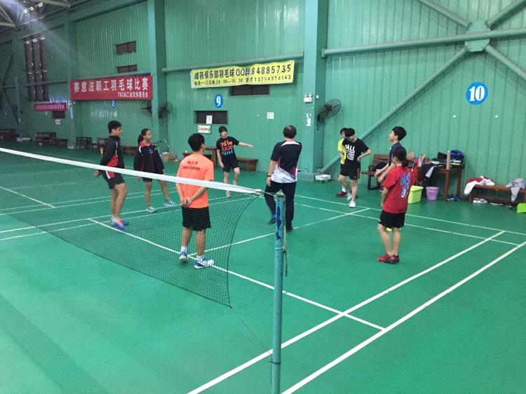 國內羽毛球訓練班 (單對單 / 小組)