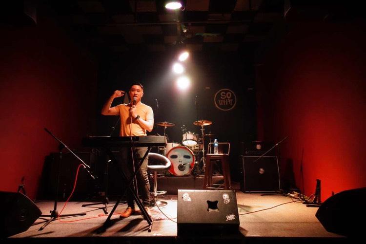 受[廣州大學城樂盟社]邀請到廣州大學城作咆哮唱法講座