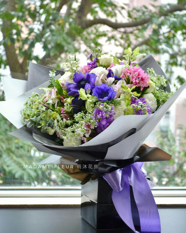 Bouquet with Anemone. 蒙娜麗莎花束