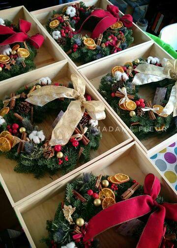 Christmas wreath made with noble fir.  聖誕貴族松圈
