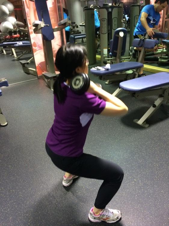 學生進行重量訓練