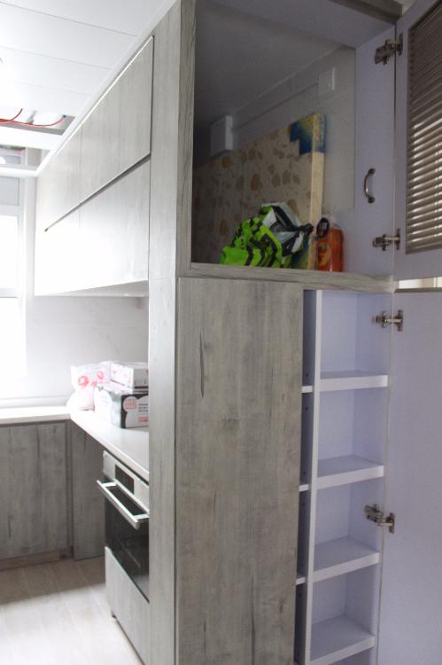 廚房上蓋,造工人睡房,慳位實用!