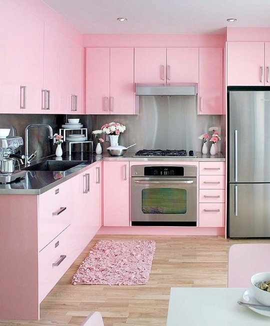皇子們,如何使公主放下身段為閣下下廚?粉紅色的色調是不錯的選擇