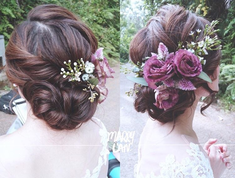 Floral hairdo by Candance