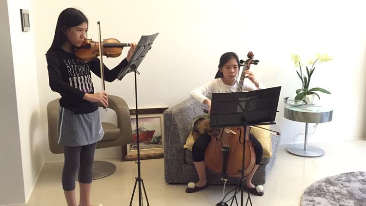 學習5年的雙胞胎學生們最喜歡合奏課了
