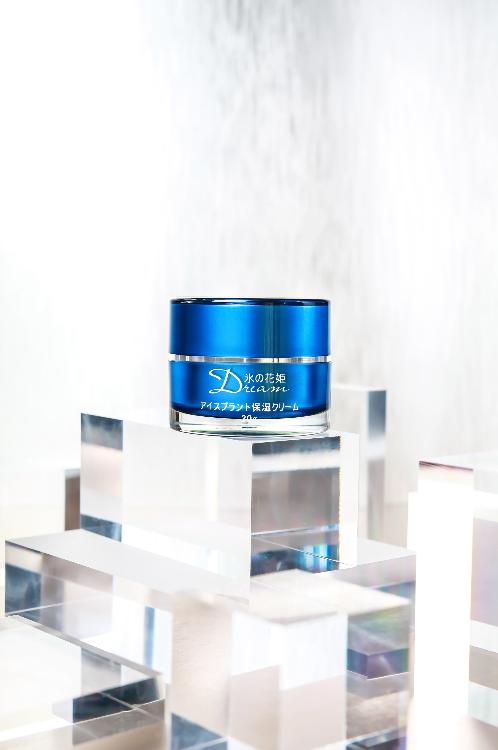 客戶為Terisa是一個新護膚品牌,產品攝影到網頁設計,我們都能幫到你。
