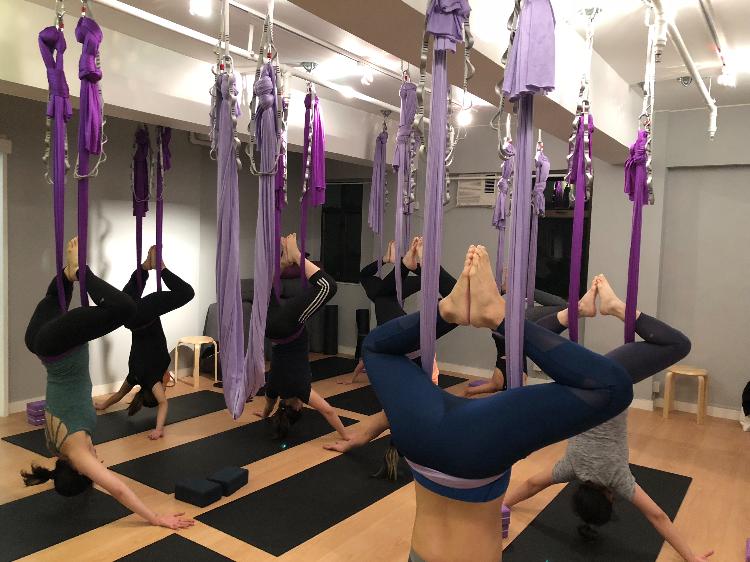 空中瑜珈團體班