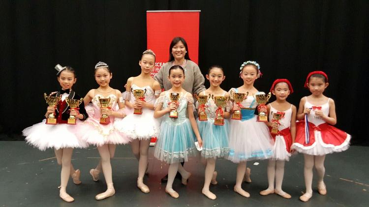 擔任HKCEA 香港兒童舞蹈2015 及2016年度比賽評判。
